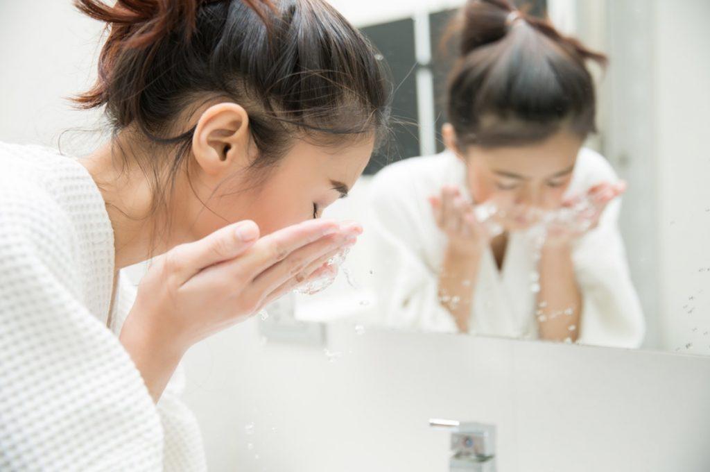 ヴィタクトの口コミは本当?毛穴への効果が話題のヴィタクトの本当の効果とは